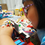 レゴのワーゲンバスに新宿ロフトの床が出現!!!(LEGO10220)